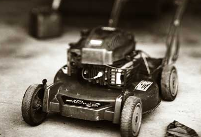 Keep Your Lawn Mower Healthy During the Spring and Summer Months!