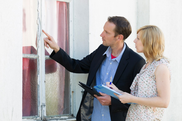 man-and-woman-doing-home-inspection